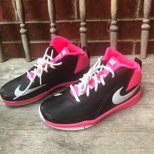 NEW Nike team hustle D 7 basketball shoes🏀💗